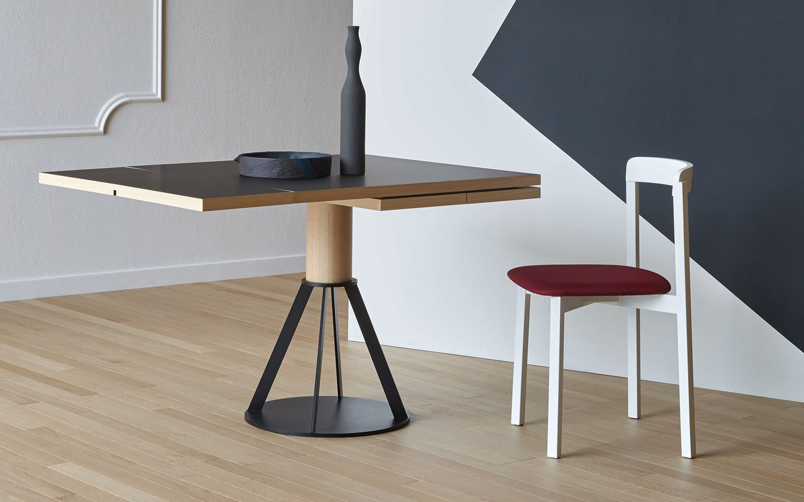 Geronimo modern extending bistro table miniforms