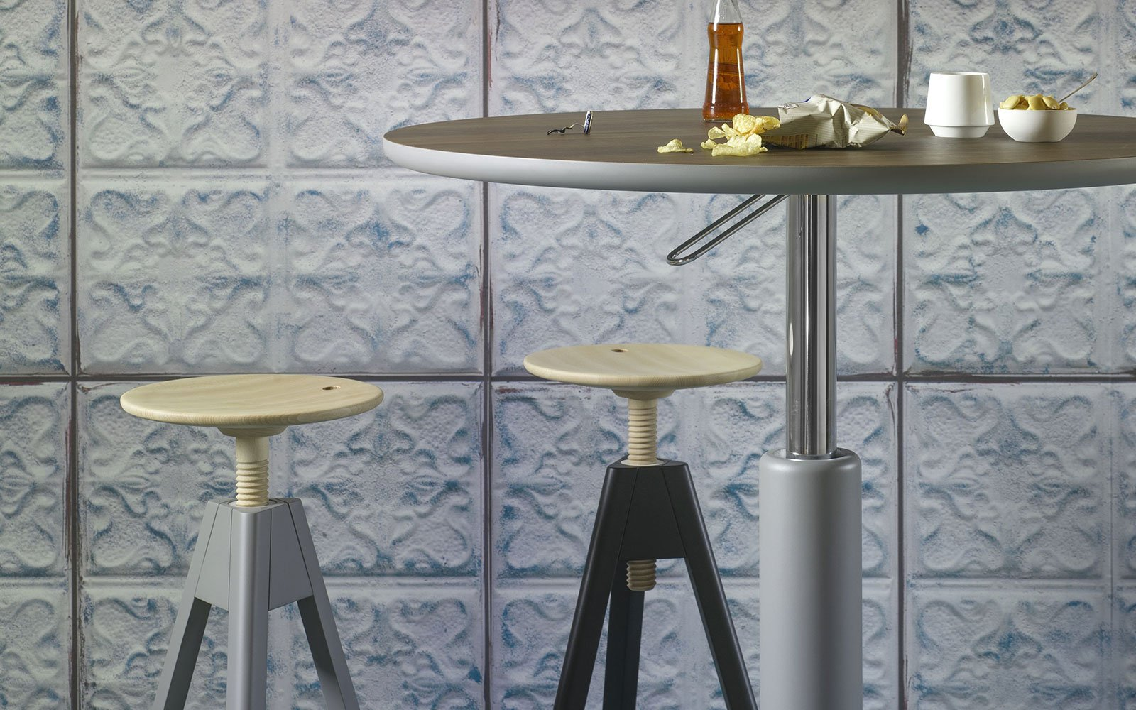 Maciste-Bistro-Table-poseur-table
